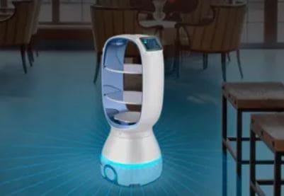 Enfermos de coronavirus aislados en un hotel y cuidados por un androide